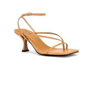 Jeffrey Campbell Fluxx sandal size 6